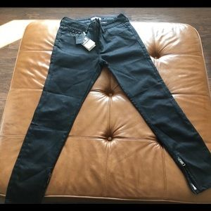 💯% Authentic Burberry Jeans Brand New
